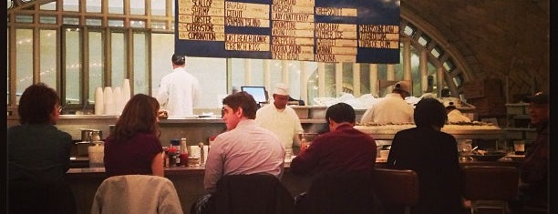 Grand Central Oyster Bar is one of NY To Do.