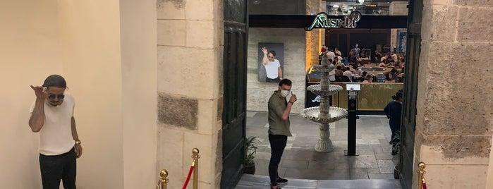 Nusr-Et Steakhouse is one of Orte, die Tolga gefallen.