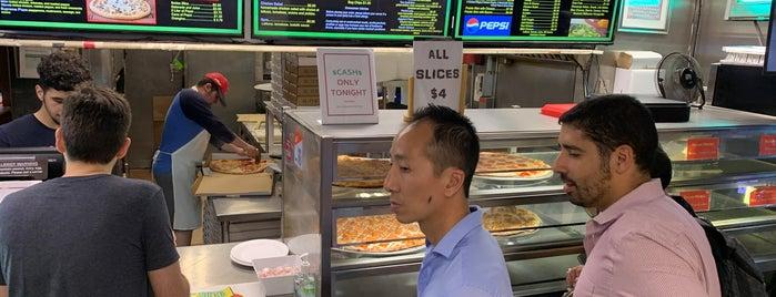 Felcaro Pizzeria is one of Patrick : понравившиеся места.
