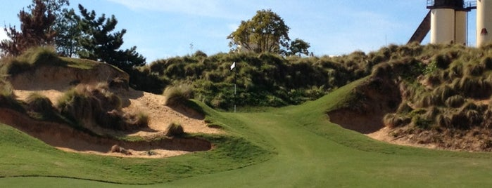 Tobacco Road Golf Club is one of Bryanさんのお気に入りスポット.