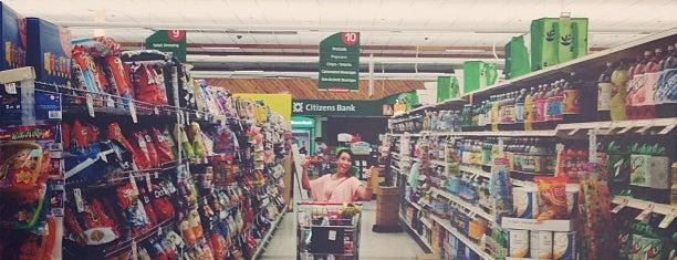Stop & Shop is one of Orte, die Amy gefallen.
