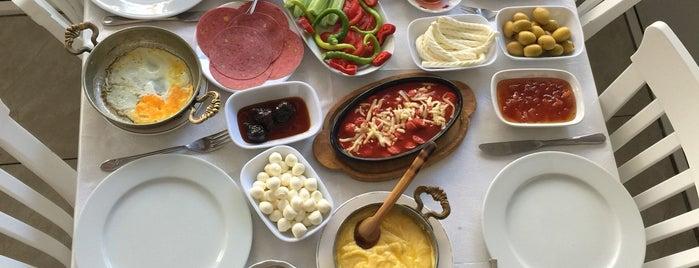 Bizim Balıkçı Rumeli Kavağı is one of Yeme içme.