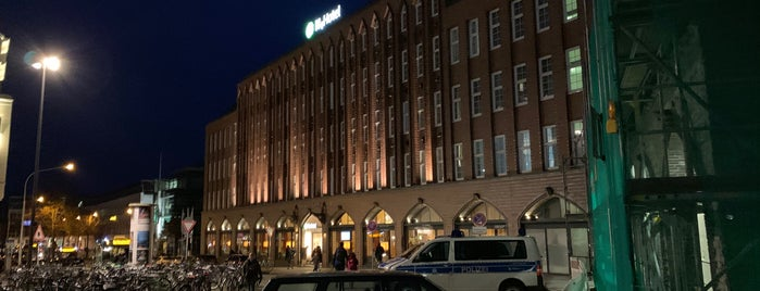H+ Hotel Lübeck is one of Tempat yang Disukai Daniel.