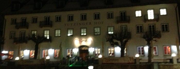 Tutzinger-Hof-Platz is one of Orte, die Alexander gefallen.