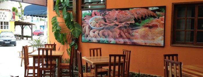 Ki Massa Pizzaria E Pastelaria is one of Locais curtidos por M.a..