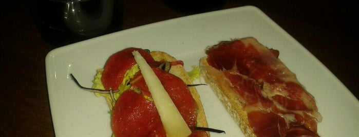 Café Olmo is one of Tapas Gratis?.