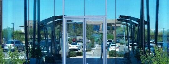 Venue 8600 is one of Lugares favoritos de Phil.