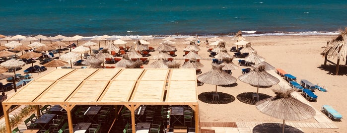 Aptera Beach Bar is one of Crete.