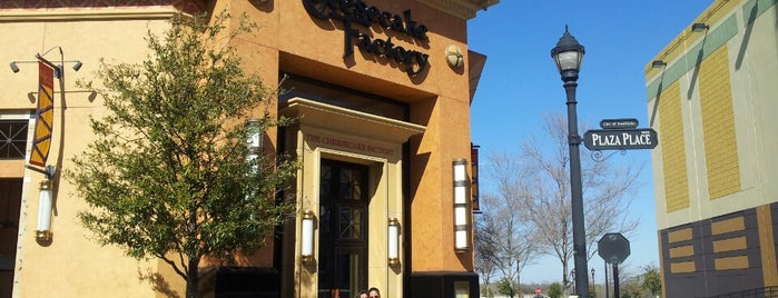 The Cheesecake Factory is one of Garath'ın Beğendiği Mekanlar.