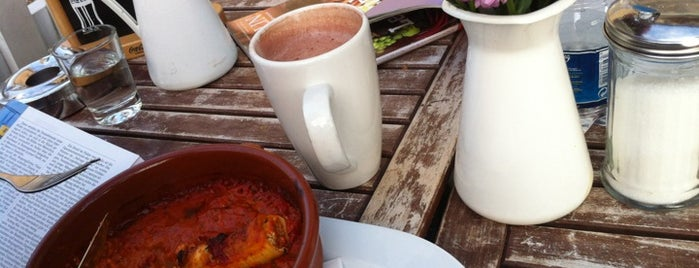 CoffeeCross - Espressobar & Deli is one of Berlin Restaurants and Cafés.