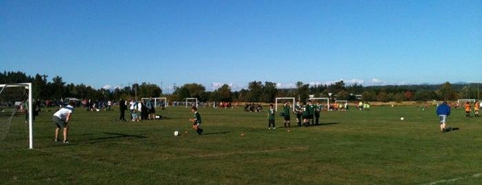 Marymoor Soccer Fields is one of Orte, die Chris gefallen.