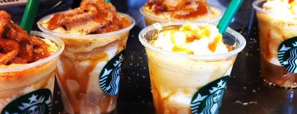 Starbucks is one of Orte, die Dan gefallen.