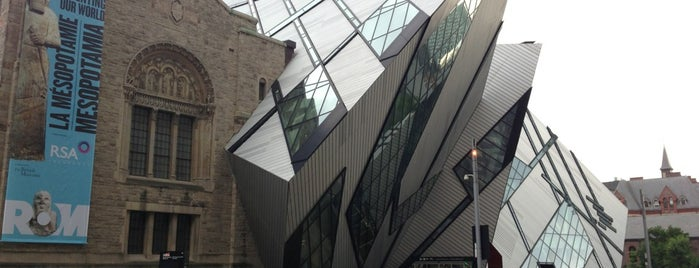 Royal Ontario Museum is one of Must See.