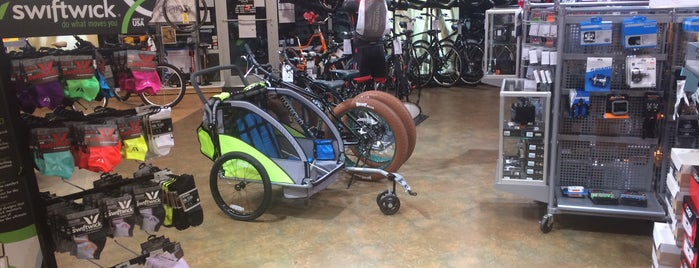 Outspokin Bicycles is one of Bradley 님이 좋아한 장소.