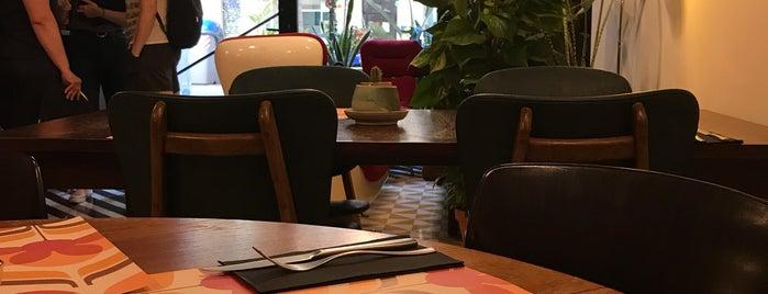 Retrome Café & Lounge is one of BCN.