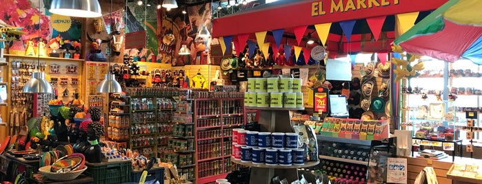 El Market Colombia is one of Locais curtidos por Giovo.