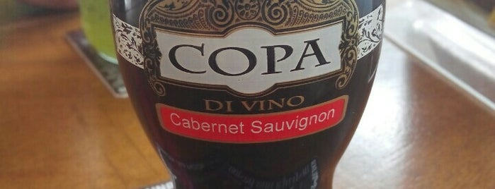Opa Café is one of Lieux qui ont plu à Cristian.
