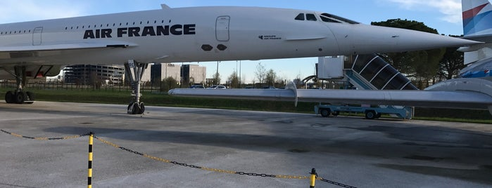 Let's Visit Airbus - Visite A380 is one of Posti che sono piaciuti a Beum.