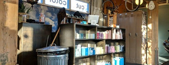 Nola Salon is one of Lieux qui ont plu à Matt.