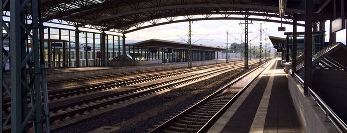 Bahnhof Montabaur is one of Tempat yang Disukai Johannes.