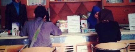 Ratulangi Medical Centre (RMC) is one of Locais curtidos por andira.