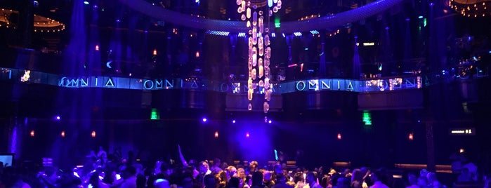 OMNIA Nightclub is one of Locais curtidos por Vanessa.