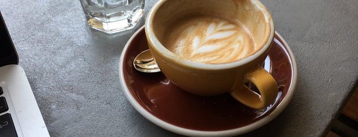 Take Five Espressobar is one of Orte, die Jeroen gefallen.