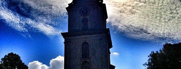 Liepājas Svētās Trīsvienības katedrāle is one of Besuchen non-D.