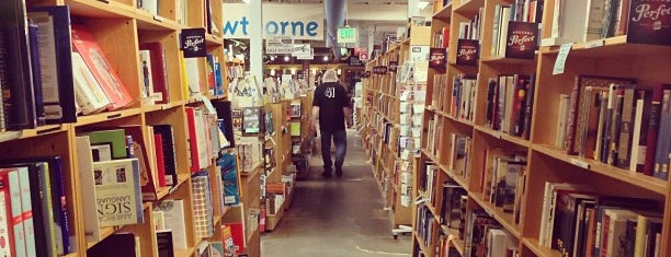 Powell's Books on Hawthorne is one of Portland Faves.