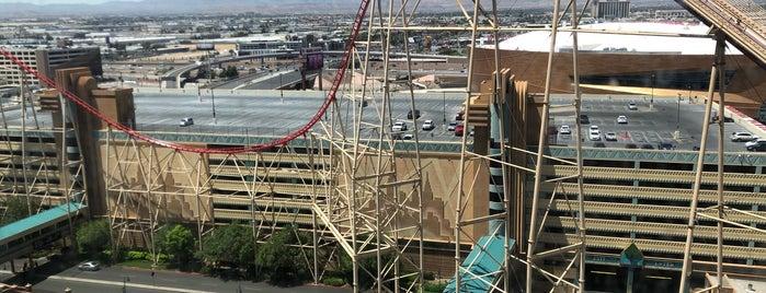 The Roller Coaster is one of Lugares favoritos de Ryan.