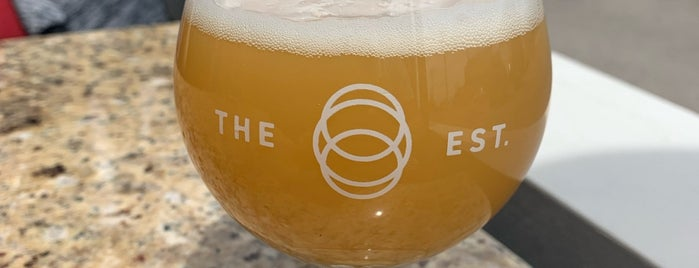 The Establishment Brewing Company is one of Canada road trip 🇨🇦🚙.