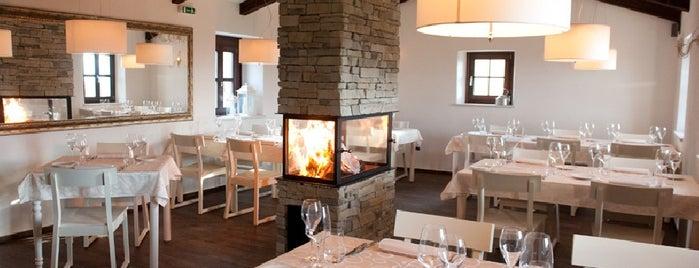 Restaurant Stari Kaštel is one of Novigrad.