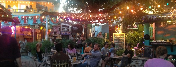Spider House Patio Bar & Cafe is one of Increase your Austin City iQ.