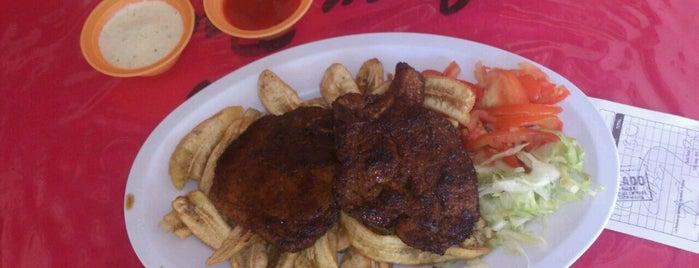 Merendero Garifuna El Chef JEANPOOL is one of Emilio Alvarez's Liked Places.