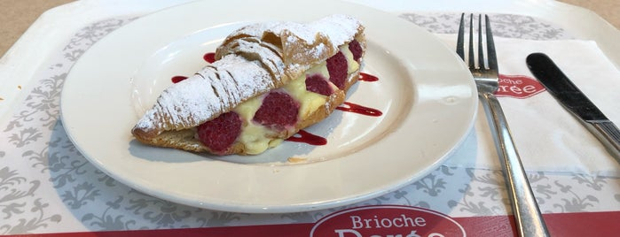 Brioche Dorée is one of arzu's Liked Places.