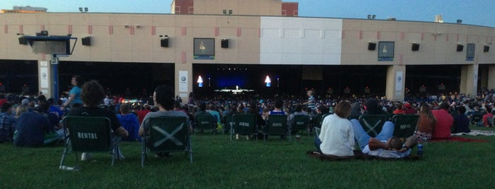 BB&T Pavilion Lawn is one of Daniel's Liked Places.