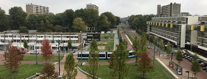 Dijkgraafplein is one of Hip to Be Square!.