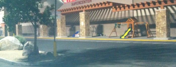 Walmart Supercenter is one of Gustavia : понравившиеся места.
