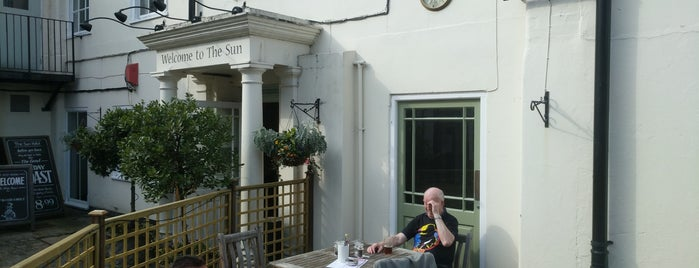 Sun Inn is one of London.