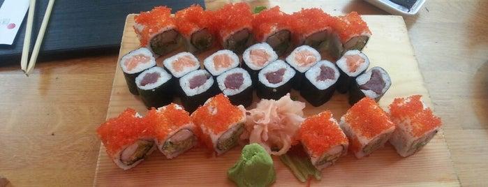 Tokyo Restaurant & Sushi Bar is one of İstanbul Yeme&İçme Rehberi - 3.