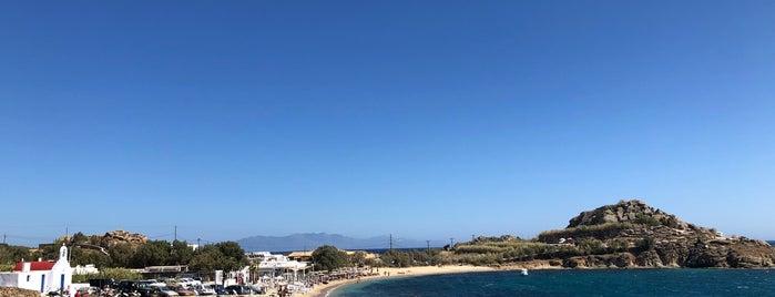 Agia Anna Beach is one of Lugares favoritos de Valeria.