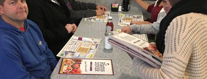 Rams Diner is one of Tempat yang Disukai Louise.