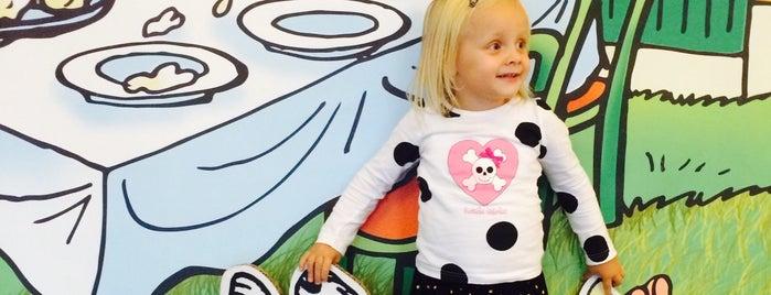 GUD Galerie umění pro děti is one of Navštiv 200 nejlepších míst v Praze.