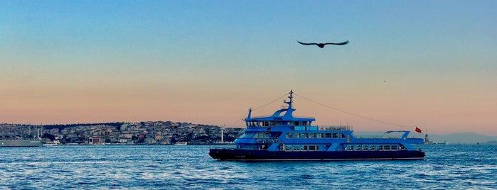 Üsküdar - Beşiktaş Motoru is one of Lugares favoritos de Enes.