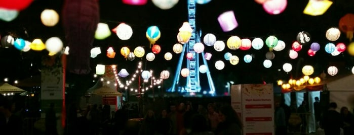Night Noodle Markets is one of Gespeicherte Orte von Justin.