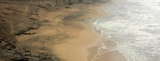 Piedra Playa is one of Lugares favoritos de Johan.