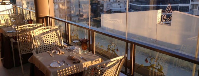 Athenian Callirhoe Exclusive Hotel is one of Posti che sono piaciuti a Chara.