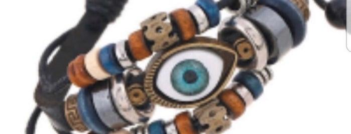 Gift Shop is one of Lugares favoritos de Ali Murat.