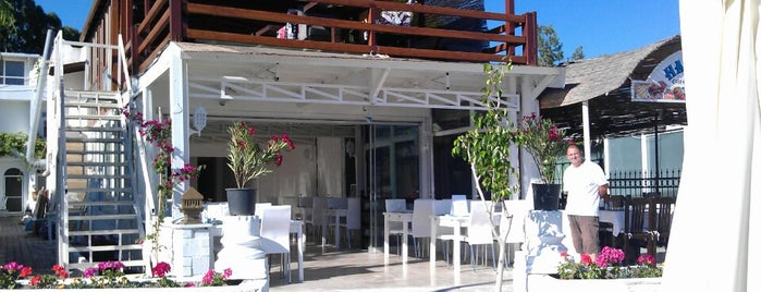 Beyaz Beach Club is one of Locais curtidos por Selin.