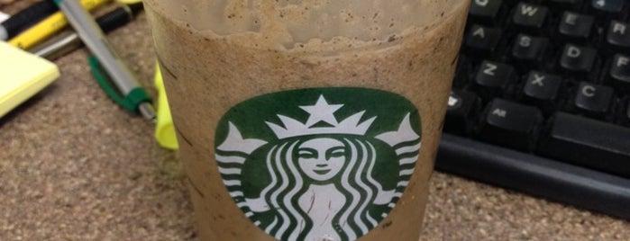 Starbucks is one of สถานที่ที่ Gigi ถูกใจ.